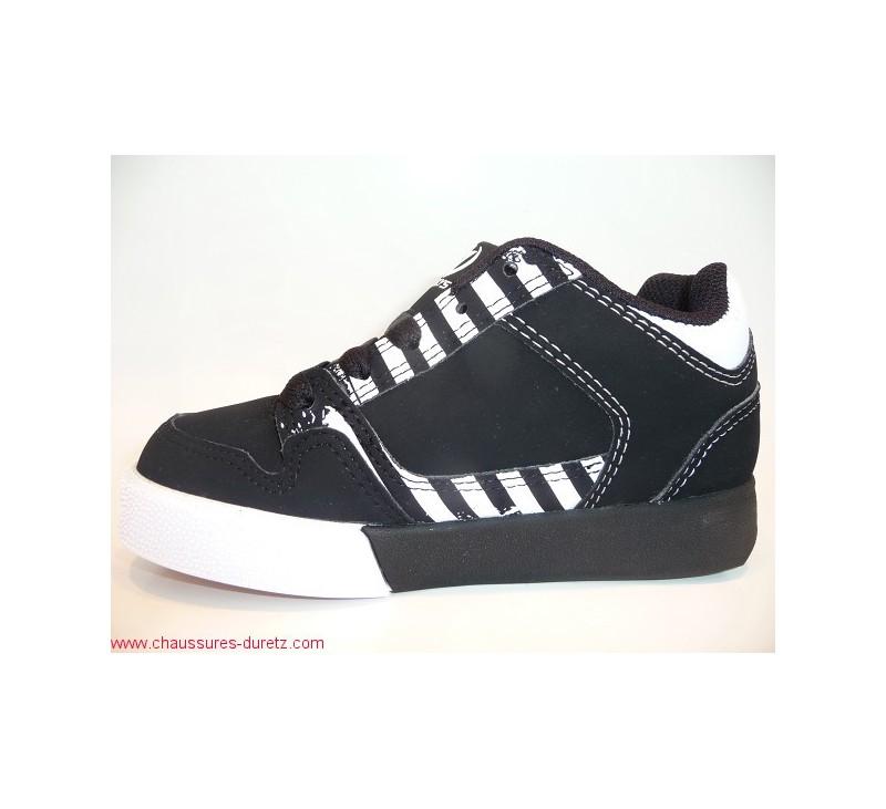 chaussures roulette heelys caution noir baskets mode heelys. Black Bedroom Furniture Sets. Home Design Ideas